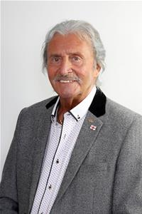 Profile image for Councillor Kenneth Parry